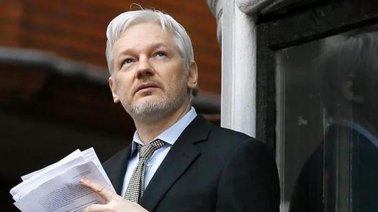 Quieren a Assange en tierra 'yanqui'