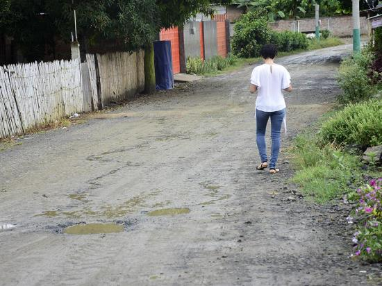 En Pimpiguasí usan  el líquido del río por la falta de agua potable