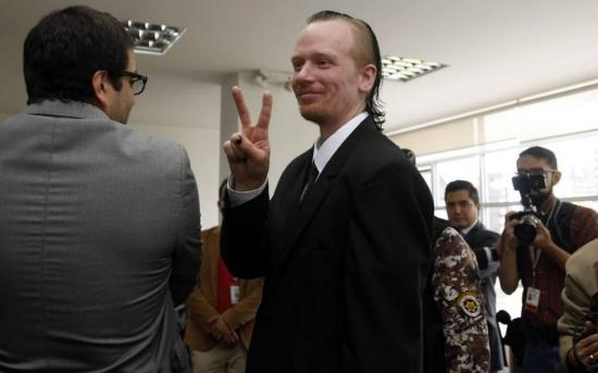 Presidente Lenín Moreno responde en escrito a Fiscalía y se aparta de caso Ola Bini