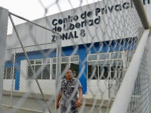 'Choneros' y 'Cubanos', una guerra de 10 años