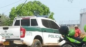 Asesinan a dos policías colombianos cerca de la frontera con Ecuador