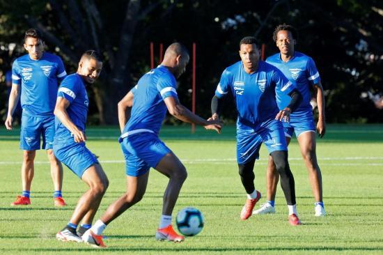 La Selección de Ecuador se mide al más campeón