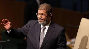 Muere el primer presidente elegido de Egipto tras seis años aislado y enfermo