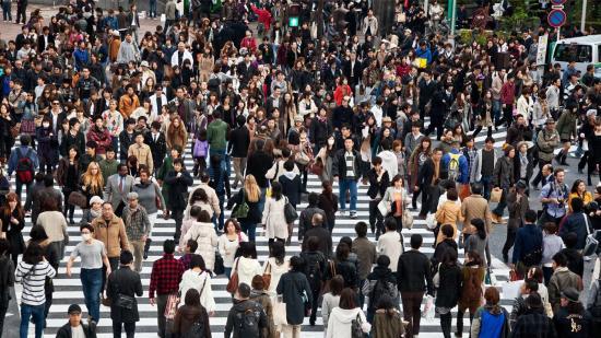 El planeta albergará 9.700 millones de personas pese a crecimiento más lento