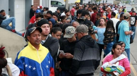 ONG advierte de 'inconsistencias' en trato de Ecuador hacia venezolanos
