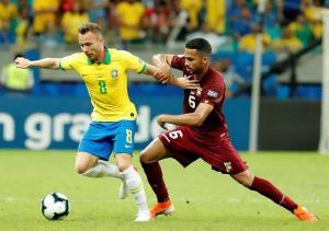 Brasil no puede ni con Venezuela ni con el VAR (0-0)