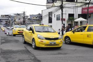 90 taxis más en las calles