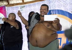 Hombre con una barriga de 180 centímetros es el papá más panzón de Nicaragua