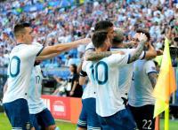 Argentina vence a Catar 2-0 y pasa a cuartos de final de la Copa América