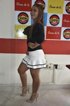 La 'garota' que bailó en Refinería de Esmeraldas pierde trabajos a causa de fotos