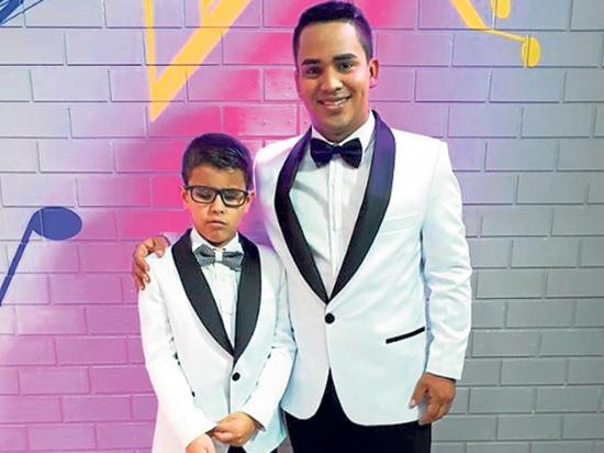 Los manabitas Junior Zambrano y René Loor ganan reality nacional