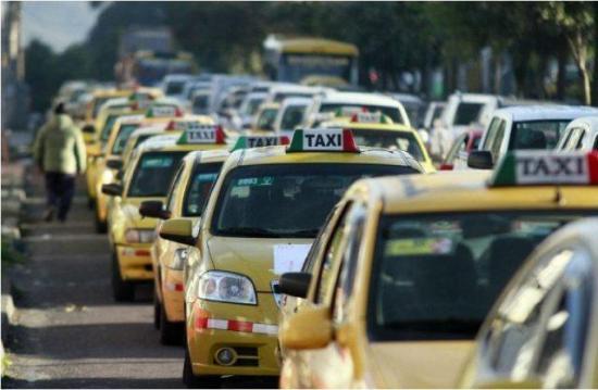 Taxistas marcharán la próxima semana por incumplimiento en pago de compensaciones
