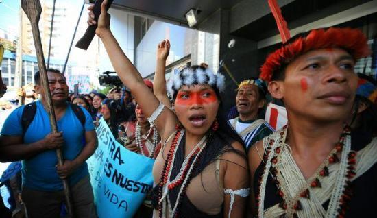 Los indígenas waoranis ganan la batalla legal al petróleo en Ecuador