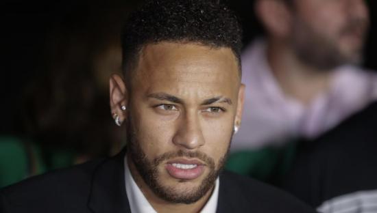 Justicia concede prórroga en investigación sobre supuesta violación de Neymar