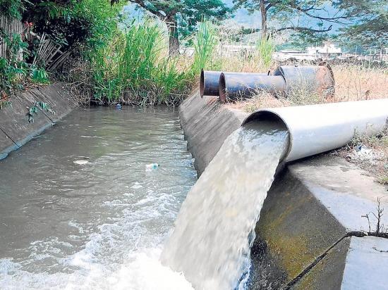 Otra bomba para dar más agua al canal