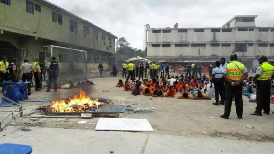 Grupos de derechos humanos exigen a Ecuador actuar ante ''crisis'' en las cárceles