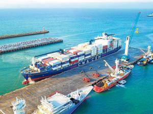 De Manta salieron 70 contenedores llenos de atún
