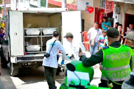 Un policía muere y otro más resulta herido en ataque en norte de Colombia