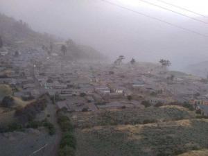 Casi 30.000 afectados por proceso eruptivo del volcán Ubinas en Perú