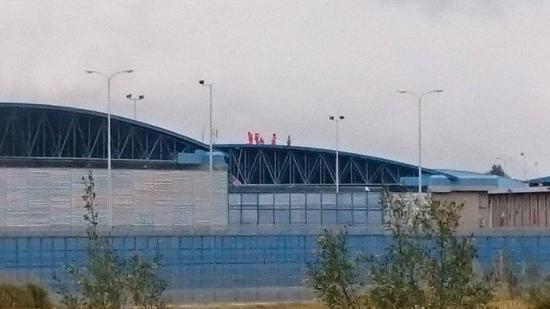 Dos presos muertos y un agente herido deja amotinamiento en cárcel de Latacunga