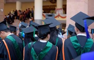 Baja educación de los padres aumenta posibilidad de que hijos mueran jóvenes