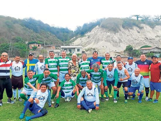 Liga (P) máster ganó 0-1 a los azules y se alista para Calceta