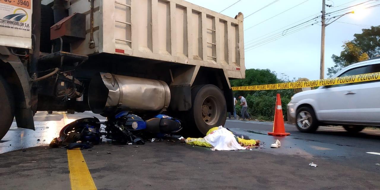 Motociclista muere en accidente de tránsito en el sitio Las Palmas de Montecristi