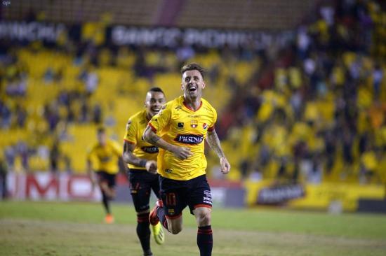 Barcelona se recupera ante Fuerza Amarilla tras vencer 2-1 en casa