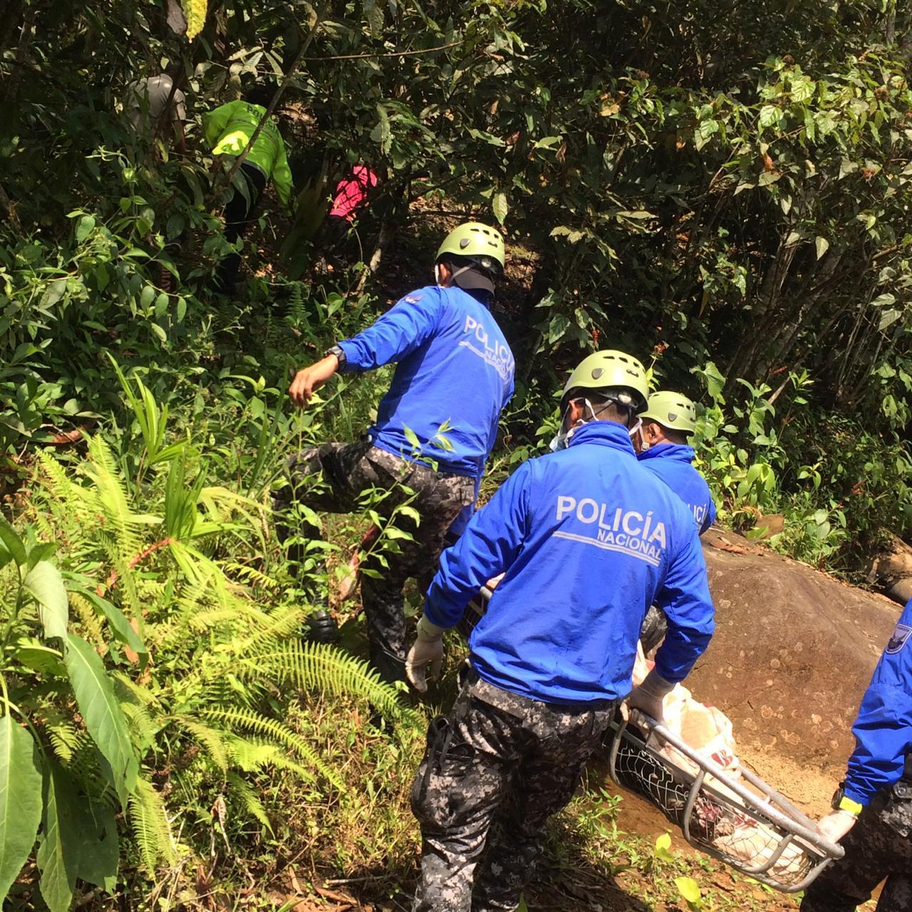 El cuerpo sin vida de un hombre de 37 años apareció en un río del recinto Redención Social