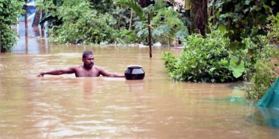 Van 156 muertos y un millón de evacuados por lluvias en el sur de India