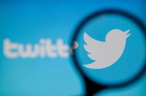 Twitter prueba una función para 'esconder' los mensajes directos ofensivos