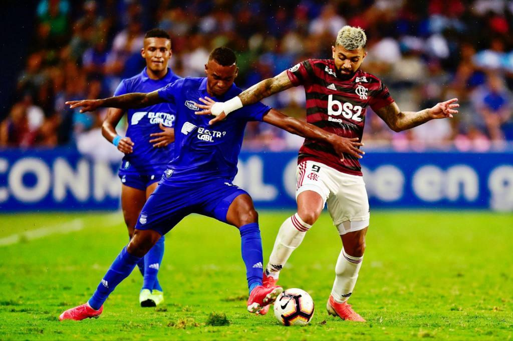 Conmebol sanciona con $18.000 a Emelec por duelo ante Flamengo