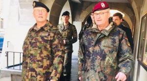 Jefe del ejército suizo abre la puerta al alistamiento de personas trans