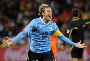 Peñarol alista homenaje para Diego Forlán por su retiro del fútbol
