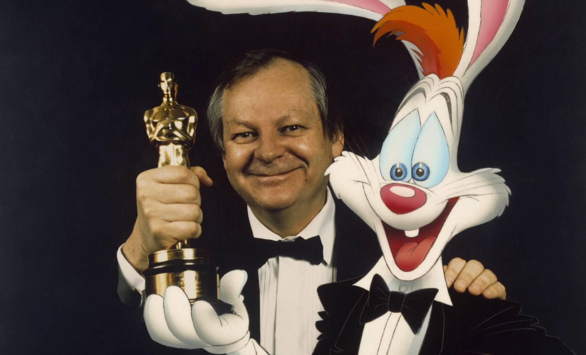 Muere Richard Williams, el animador que creó a los personajes 'Roger Rabbit' y 'Jessica Rabbit'