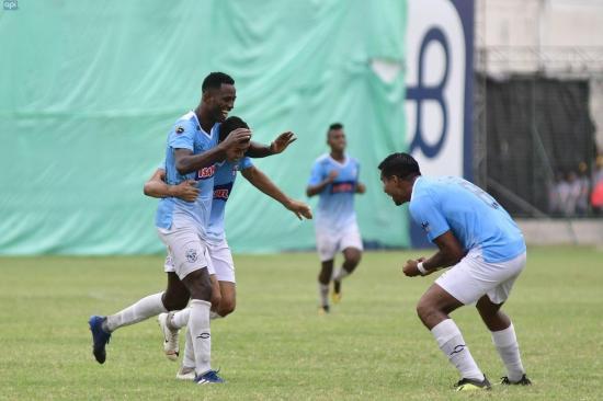 El Manta FC golea a Liga de Loja en el estadio Jocay [4-1]