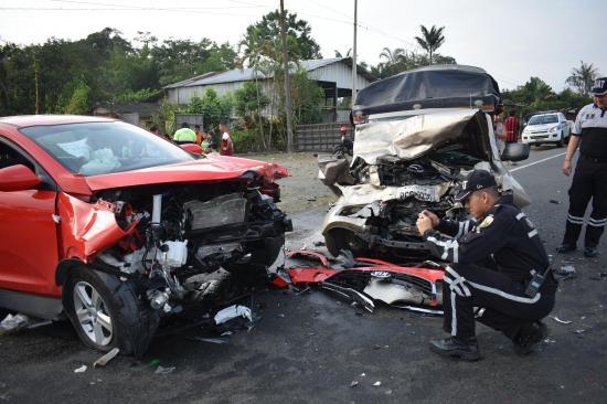 Dos accidentes de tránsito dejan seis personas heridas en menos de una hora