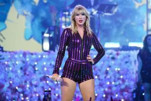 Taylor Swift regrabará sus primeros discos para recuperar el control de las canciones