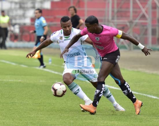Liga de Portoviejo venció a Independiente Juniors por 2-1 en el estadio Reales Tamarindos