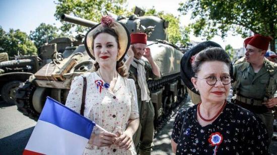 París conmemora los 75 años de la liberación del yugo nazi