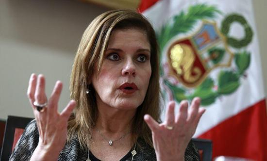 La vicepresidenta de Perú asegura que no se habla con el presidente Vizcarra