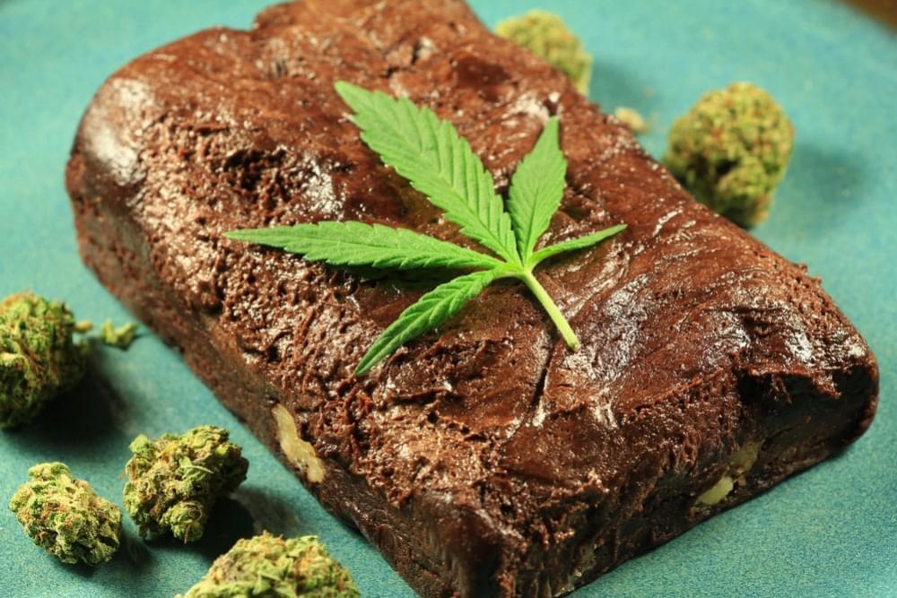 Un joven intoxica a su familia con un bizcocho de marihuana en Portugal