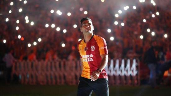 Falcao eligió el Galatasaray para volver a la Champions