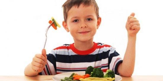 ¿Cómo lograr que tus hijos coman verduras?