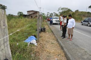 Hombre de 24 años muere en accidente de moto en Flavio Alfaro