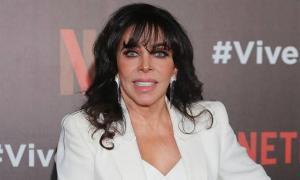La actriz mexicana Verónica Castro anuncia su retiro 'agotada de tanto mal'