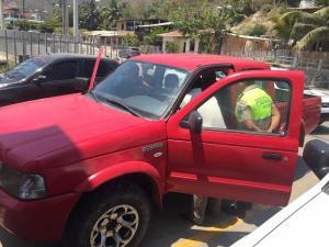 Rocafuerte: En medio de una persecución policial, recuperan vehículo robado