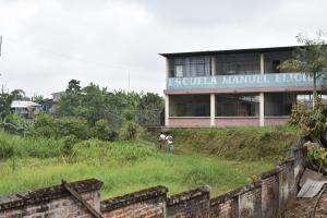 Escuela abandonada se está convirtiendo en guarida para antisociales