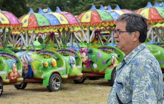 'El gusanito' no puede coger pasajeros afuera de la feria