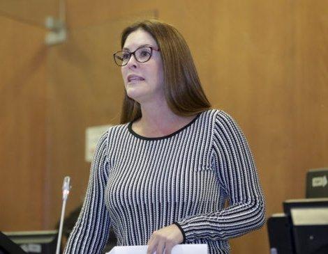 La asambleísta Mercedes Cuesta se disculpa por su ausencia en votación sobre el aborto